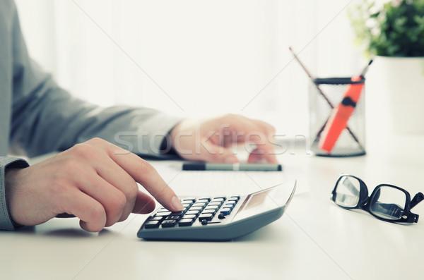 Contador impuesto de trabajo oficina calculadora negocios Foto stock © simpson33