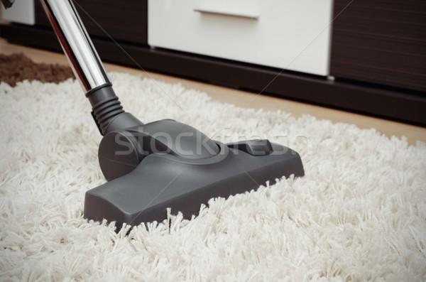 Porszívó fehér kócos szőnyeg közelkép kilátás Stock fotó © simpson33