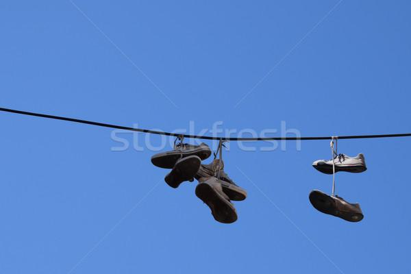 Cipő öreg sportcipők cipőfűző akasztás cipők Stock fotó © sirylok