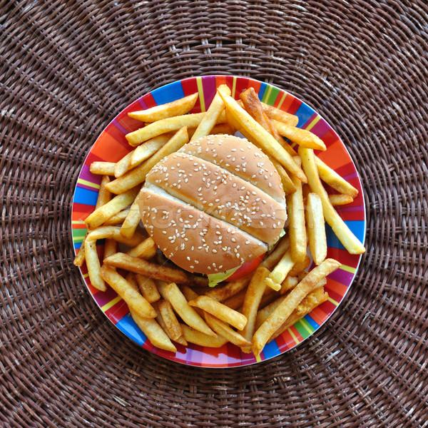 Hamburguesa con queso plato de comida rápida fondo mesa Foto stock © sirylok