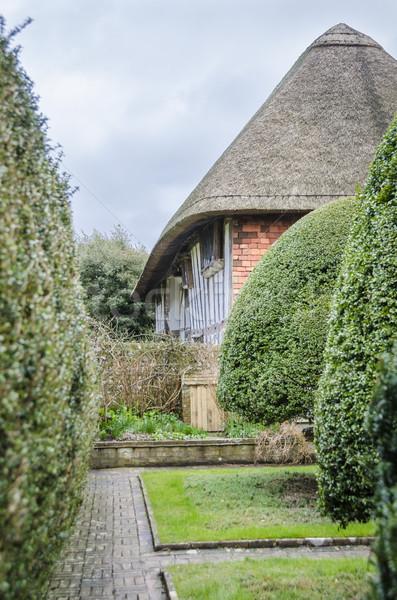 İngilizce kulübe bahçe yandan görünüş sussex İngiltere Stok fotoğraf © smartin69
