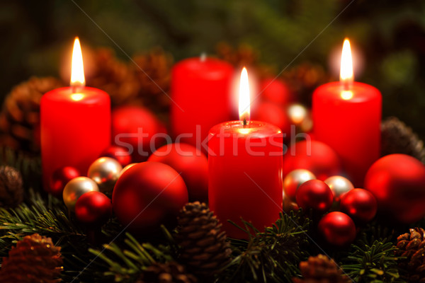 Advenimiento corona ardor velas agradable Foto stock © Smileus