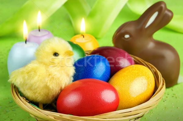 Színes húsvét egyezség csirke tarka húsvéti tojások Stock fotó © Smileus