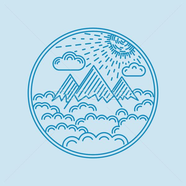 Liniowy krajobraz odznakę górskich Chmura słońce Zdjęcia stock © smoki
