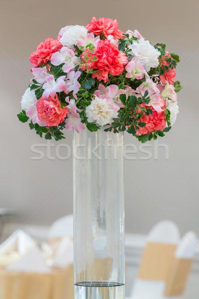 Buli virágcsokor üveg váza étkezőasztal esküvő Stock fotó © smuay
