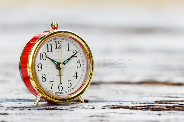 ébresztőóra fa asztal grunge idő űr üzlet Stock fotó © smuay