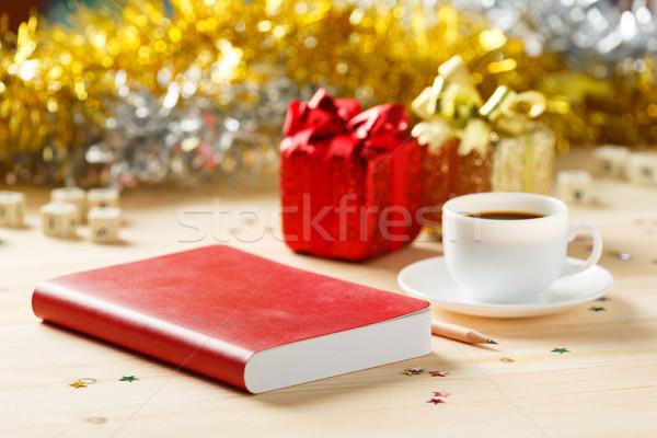 Kitap kalem sehpa kırmızı renk defter Stok fotoğraf © smuay