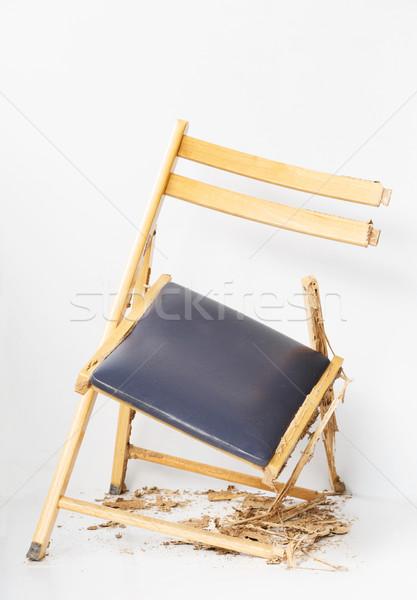 Uszkodzony krzesło bielec biały ant Zdjęcia stock © smuay