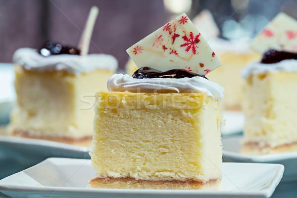 Mini sernik biały naczyń żywności tablicy Zdjęcia stock © smuay