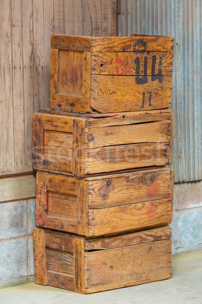 Eski ahşap kutuları grunge doku inşaat duvar Stok fotoğraf © smuay