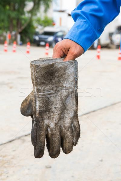 Koszos bőr kesztyű közelkép gyár kéz Stock fotó © smuay