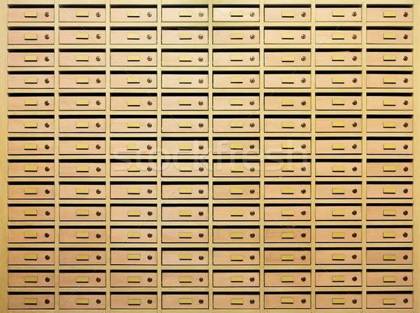 Posta szekrényes öltöző barna szín fából készült irodaház Stock fotó © smuay