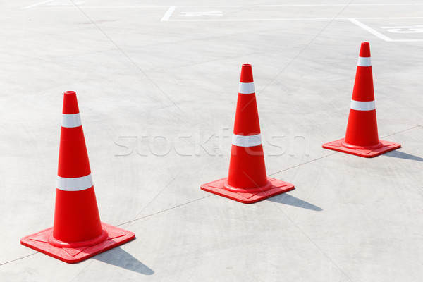 Tráfico cono concretas piso estacionamiento trabajo Foto stock © smuay