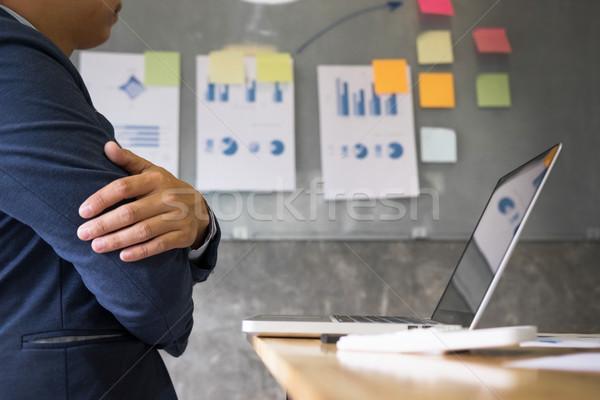 üzleti csapat jövedelem táblázatok stratégia grafikonok iratok Stock fotó © snowing