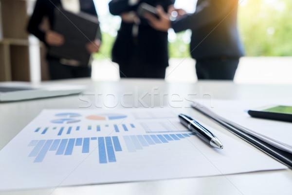 Business documento touchpad desk impiegati uomo Foto d'archivio © snowing