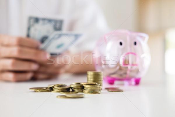 деловой человек деньги таблице учета бизнеса бизнесмен Сток-фото © snowing