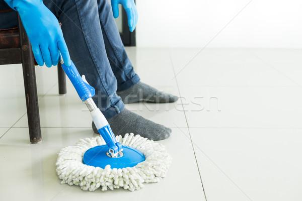 Foto stock: Jovem · governanta · limpeza · piso · plástico
