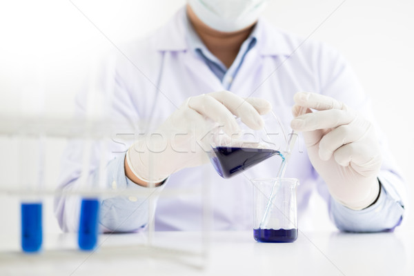 Scientifique équipement recherche chimie Photo stock © snowing