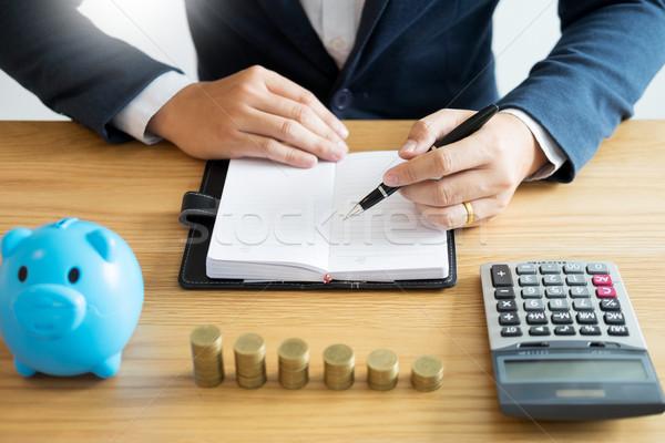 Business contabili uomo mani lavoro moneta Foto d'archivio © snowing