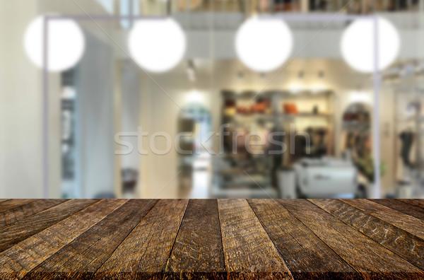 Gekozen focus lege bruin houten tafel coffeeshop Stockfoto © snowing