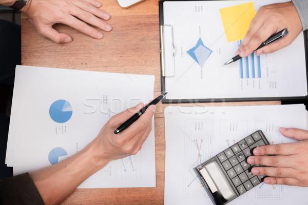 Administrador homem de negócios financeiro secretário relatório Foto stock © snowing