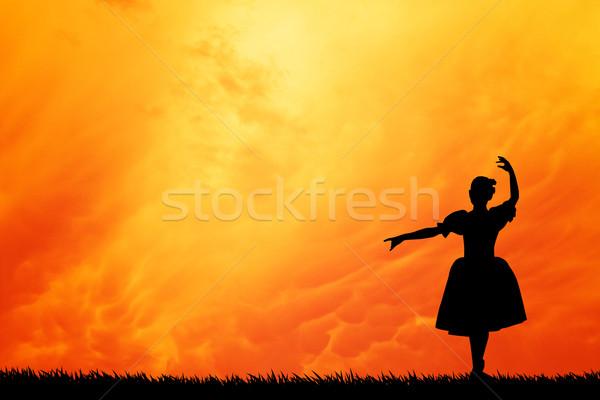 Bailarino pôr do sol ilustração mulher dançar esportes Foto stock © sognolucido