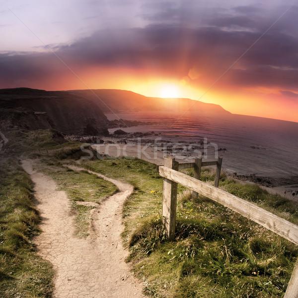 Tengerparti festői naplemente nap ösvény égbolt Stock fotó © solarseven