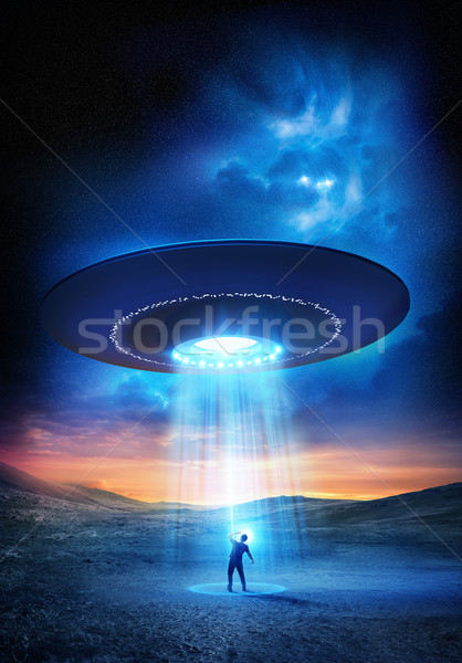 Ki férfi szemek fényes UFO fölött Stock fotó © solarseven