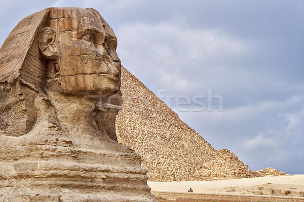опекун пирамидами Гизе плато Каир Египет Сток-фото © sophie_mcaulay