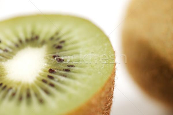Przekrój organiczny kiwi owoców obraz Zdjęcia stock © SophieJames