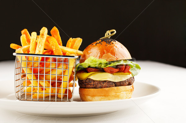 Hamburger sültkrumpli ízletes gyorsételek Amerika Anglia Stock fotó © SophieJames
