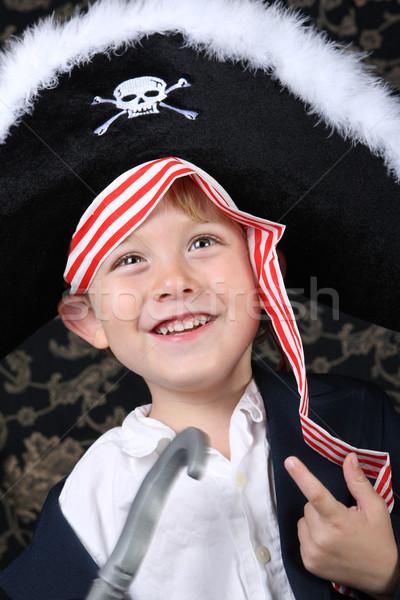 Piraat jongen glimlachend kostuum Stockfoto © soupstock