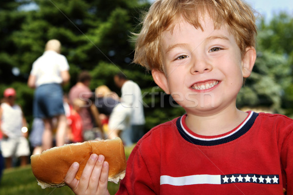 Hot dog buurt picknick familie Stockfoto © soupstock