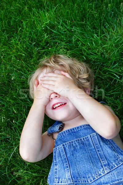 笑い 少年 目 草 手 ストックフォト © soupstock