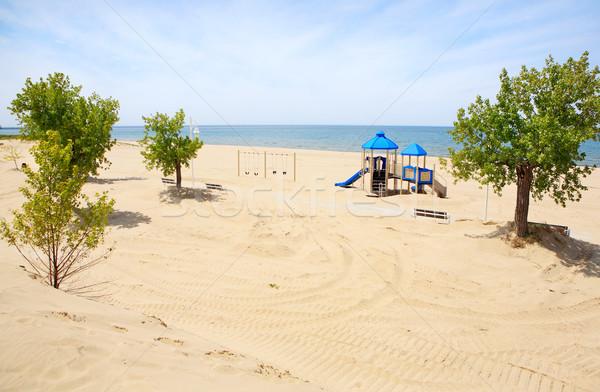 Boisko wyposażenie plaży parku zaniedbany jezioro Zdjęcia stock © soupstock
