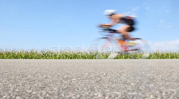 Versenyzés bicikli bemozdulás mozgás elmosódott biciklis Stock fotó © soupstock