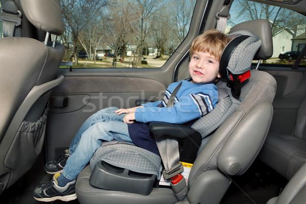 Leeftijd jongen booster zitting Maakt een reservekopie Stockfoto © soupstock