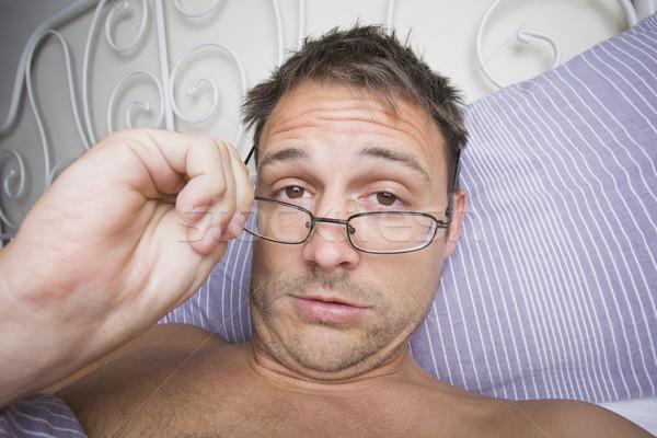 Homme up lit matin confondre verres Photo stock © spanishalex