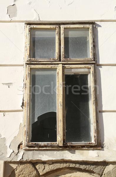Rot venster architectuur recycleren oude Hongarije Stockfoto © Spectral