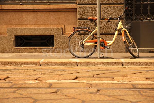 Bicicleta milan Itália parede porta metal Foto stock © Spectral