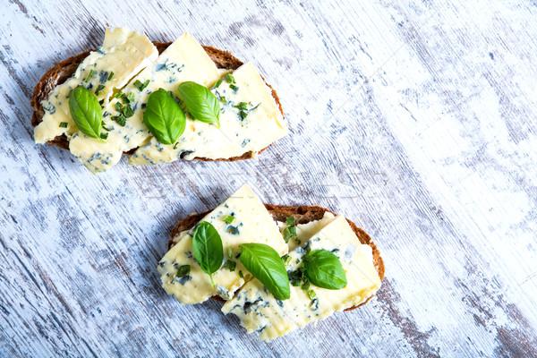 サンドイッチ ロクフォール チーズ ヨーロッパの スタイル バジル ストックフォト © Spectral