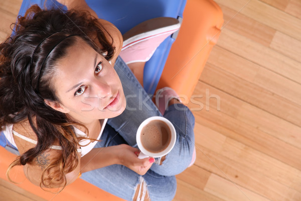 Bekleme kalkış genç kadın oturma Stok fotoğraf © Spectral