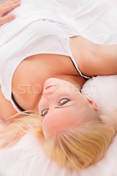 Ragazza letto ritratto sola femminile Foto d'archivio © Spectral