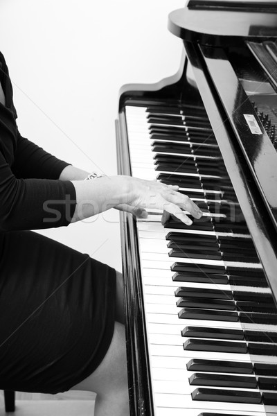 клавиши пианино рук классический музыканта женщину играет Сток-фото © Spectral