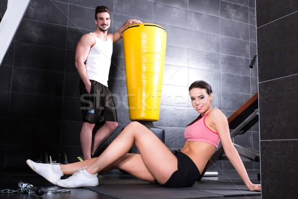 Fiatal pér elvesz törik tornaterem edzés nő Stock fotó © Spectral