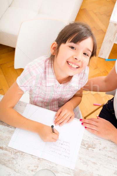 Anne yardım kız ödev kadın kitap Stok fotoğraf © Spectral