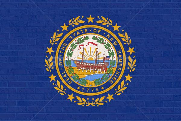 New Hampshire bayrak tuğla duvar Amerika yalıtılmış beyaz Stok fotoğraf © speedfighter