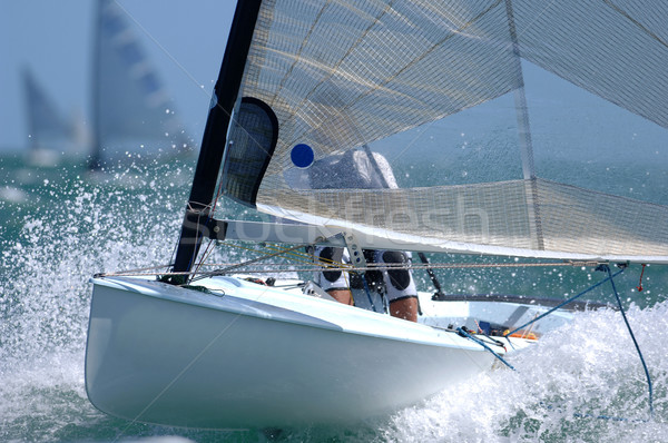 Voile faible voile bateau vague mer Photo stock © Sportlibrary
