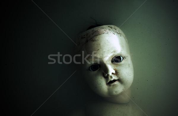ürpertici bebek yüz karanlık kirli su Stok fotoğraf © sqback