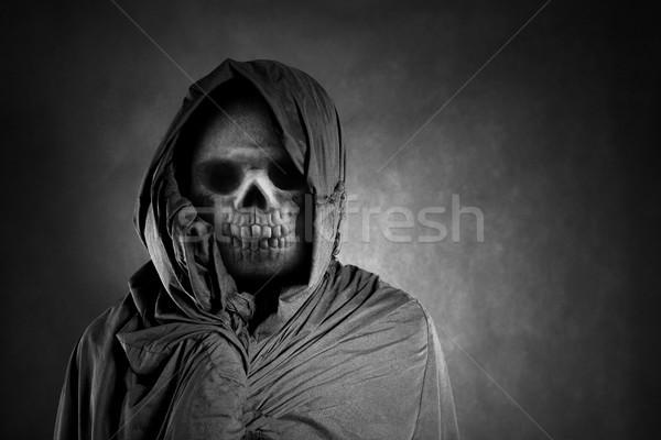 Grimmig donkere schedel dode doek angst Stockfoto © sqback